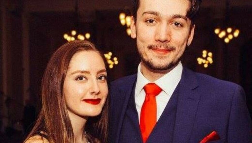 BLE OVERRASKET: Skotske Finlay McAfee fikk seg en heftig overraskelse da han landet i Paris for å overraske kjæresten Salma Saade. Foto: Finlay McAfee