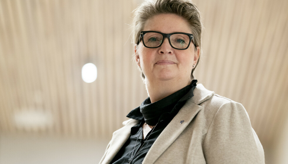 ORDFØRER: Hanne Opdan (Ap) under en pressekonferanse i Nordre Follo kommune. Foto: Fredrik Hagen / NTB
