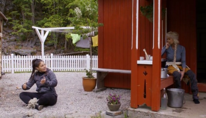 HØY TEMPERATUR: Mira Craig lufter her sin frustrasjon med Linni Meister etter å ha kranglet med Espen Thoresen. Foto: TV 2