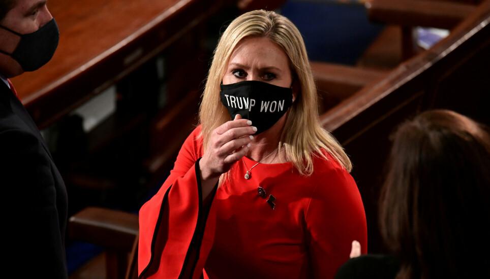 SPLITTELSER: Den ferske politikeren, Trump-støttespilleren og konspirasjonsteoretikeren skaper splittelser i det Republikanske partiet. Foto: Erin Scott/REUTERS//Pool/NTB