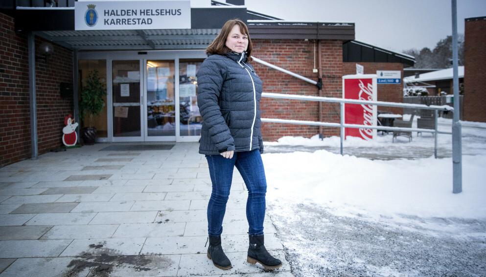 FLERE POSITIVE TESTER KOMMER : Kommuneoverlege Kjersti Gjøsund i Halden kommune. Foto: Bjørn Langsem / Dagbladet