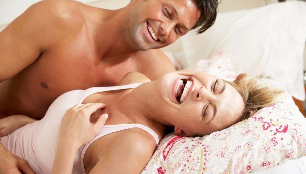 VÆR LEKEN: Par som er gode på å komunisere har et bedre sex- og samliv. Lek og utforsk hverandre. Foto: Shutterstock
