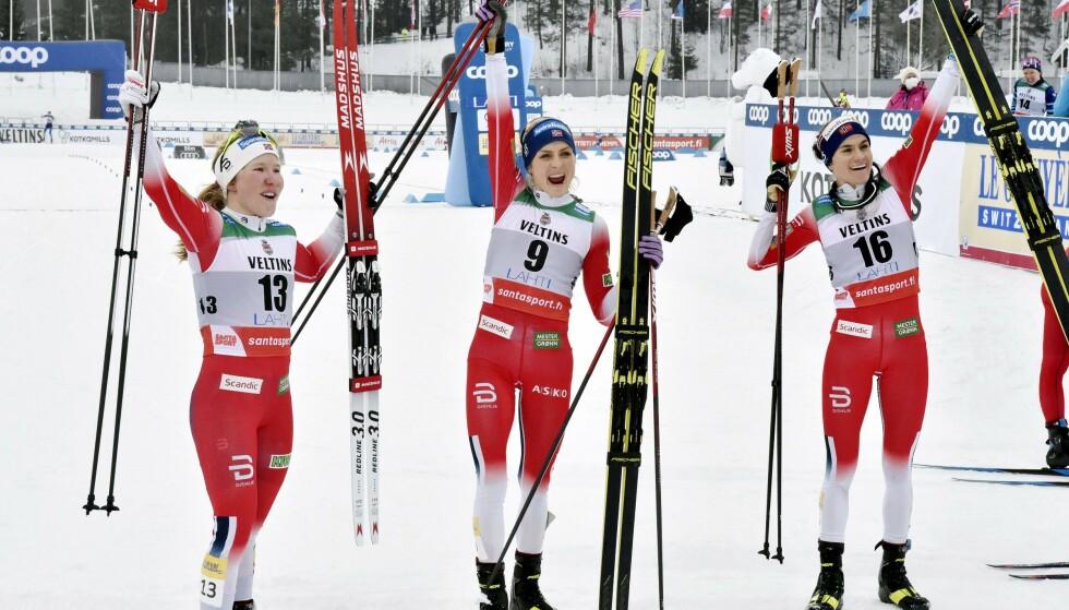 HVEM TAR GULL? Helene Marie Fossesholm, Therese Johaug og Heidi Weng er blant de største favorittene fra Norge til å ta VM-medaljer for det norske kvinnelandslaget i langrenn. Foto: Jussi Nukari / Lehtikuva / AFP
