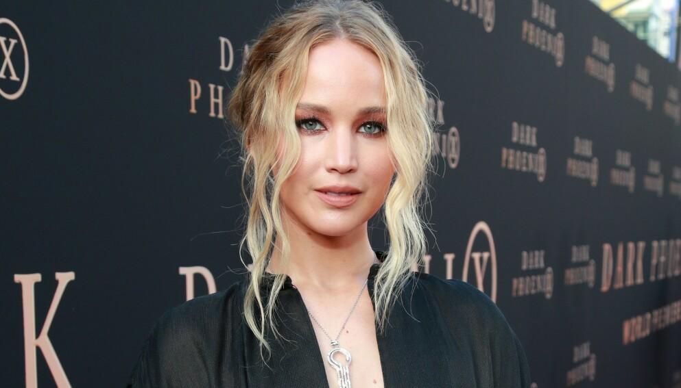 IKKE ETTER PLANEN: Da det skulle spilles inn et filmstunt ble Hollywood-stjerna Jennifer Lawrence skadet. Her avbildet i en annen sammenheng i 2019. Foto: Rich Fury / AFP / NTB
