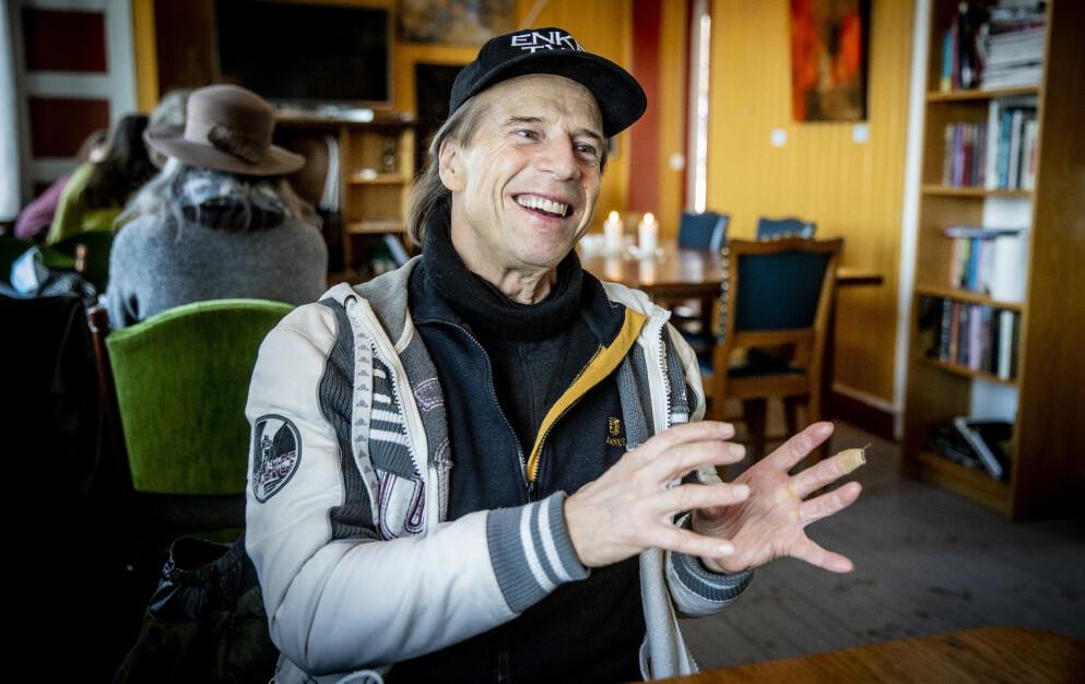 MITT FOLK: - Jeg er frisk og rask, jeg har overskudd, jeg har bygd en erfaring, jeg har vokst opp her, det er mitt folk. Når de sier at jeg er deres ombud, så føler jeg meg forpliktet til å gå videre, sier Jan Bøhler om hvorfor han satser på en ny stortingsperiode, nå for Senterpartiet. Foto: Bjørn Langsem / Dagbladet