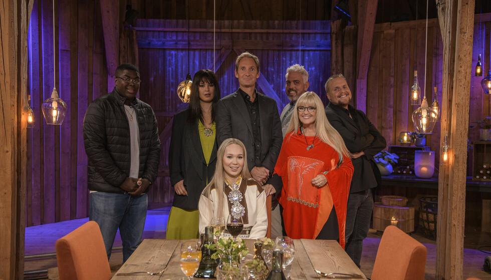 AGNETES KVELD: Agnete Saba er kveldens hovedgjest i «Hver gang vi møtes». Agnete slo igjennom med gruppa The BlackSheeps. Foto: TV 2