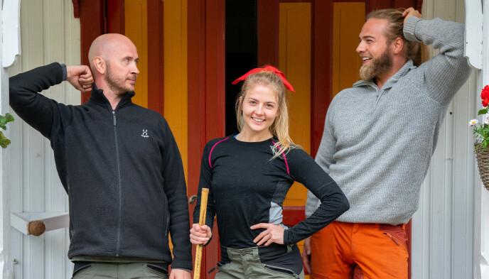 RASTE NED: Terje Sporsem og Lasse Matberg, her sammen med Kine Olsen, gikk begge ned 17 kilo i løpet av innspillingen. Dette bildet ble tatt helt i starten av oppholdet. Foto: Espen Solli / TV 2