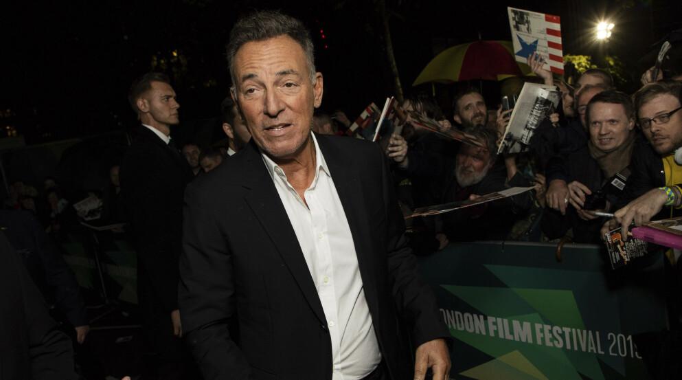 MØTER I RETTEN: Onsdag neste uke skal rockestjerna Bruce Springsteen i retten i New Jersey. Foto: Vianney Le Caer / Invision / AP / NTB