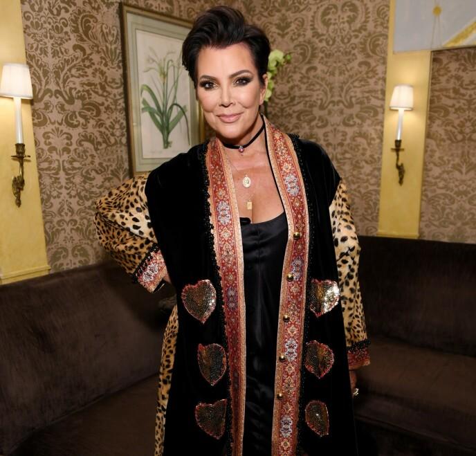 FÅR SKYLDA: Fansen er ikke nådig, og flere gir Kris Jenner skylda for å ha lekket skilsmissenyheten. Foto: Dimitrios Kambouris/ Getty/ AFP/ NTB