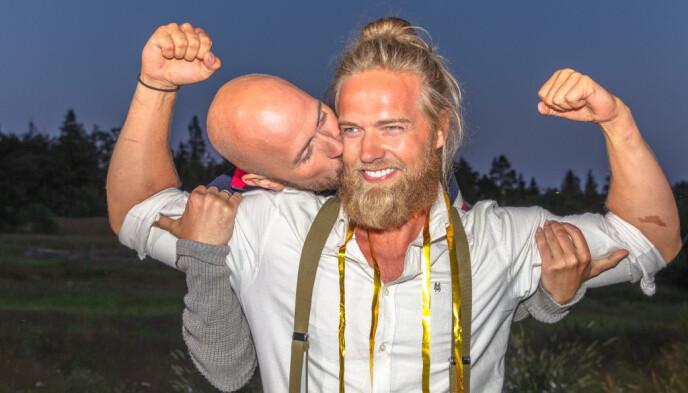 GODE VENNER: Det var svært jevnt mellom Terje Sporsem og Lasse Matberg i søndagens finale, men det var Matberg som trakk det lengste strået. Foto: Alex Iversen / TV 2