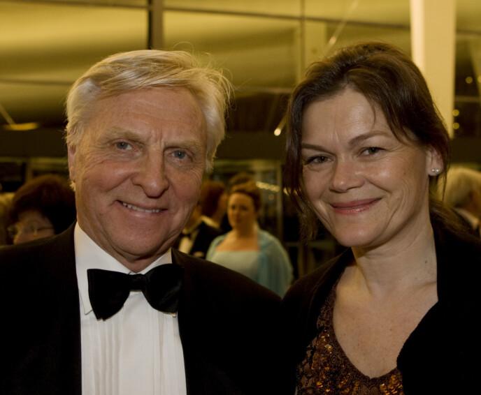 FLYTTET FRA HVERANDRE: I 2005 ga Arve Tellefsen og Kristin Cecilie Slørdahl hverandre sitt ja. Nå er de separert. Her er de to avbildet i 2008. Foto: Bjørn Sigurdsøn / NTB