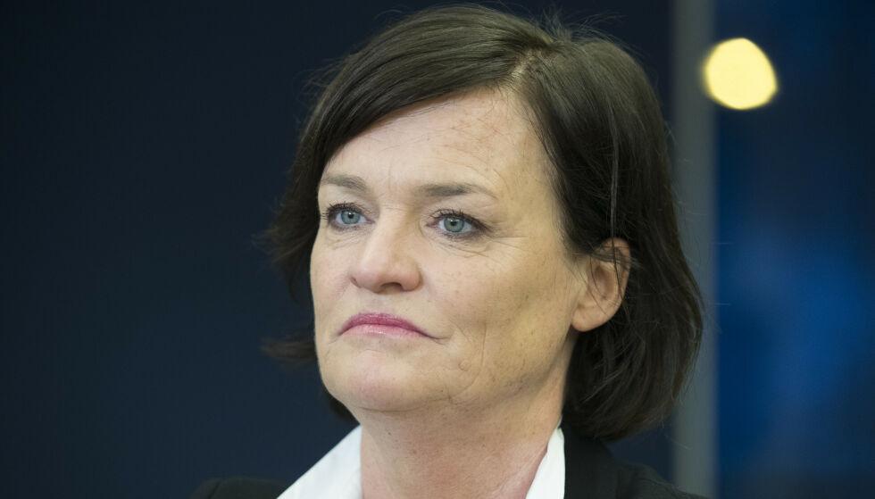 FORSVARER: Mette Yvonne Larsen. Foto: Terje Bendiksby / NTB