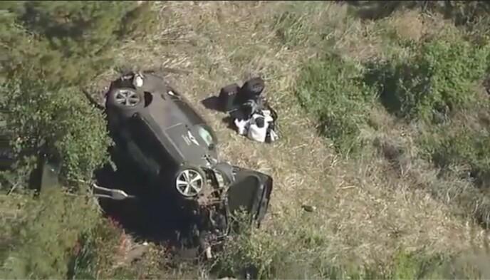 STORE SKADER: Dette er bilen til Tiger Woods etter ulykken. Foto: AP