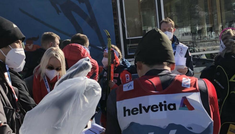 REAGERES: Flere norske journalister har tatt opp problemet med plassen i pressesonen. Foto: Sindre Lie/Dagbladet