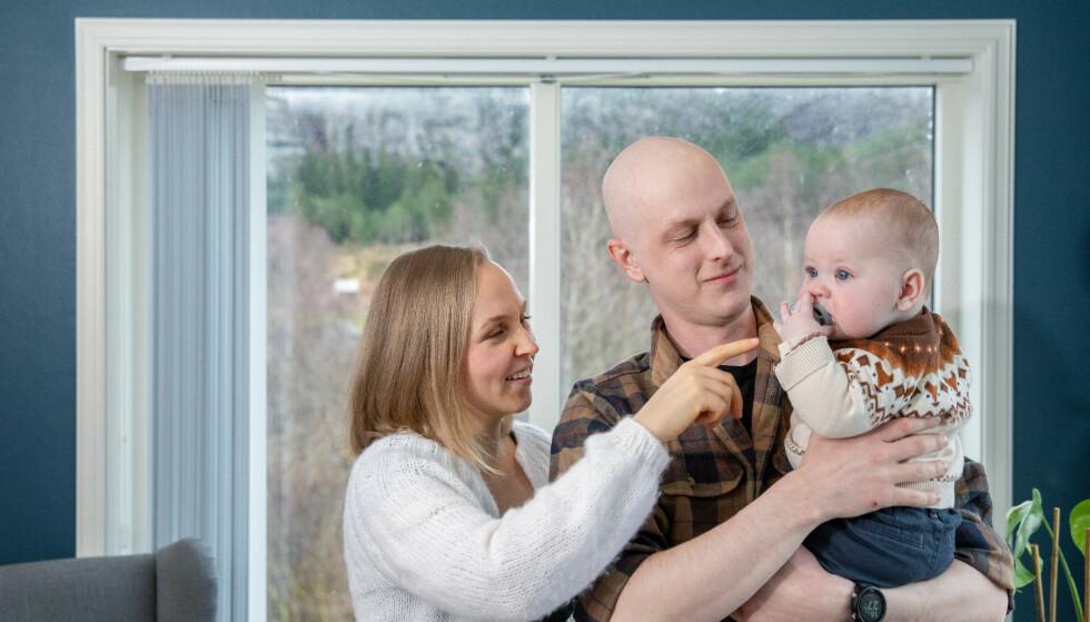 GLEDET SEG TIL PAPPAPERMEN: Ole-Martin føler han blir fratatt dyrebar tid med sønnen Emil. Foto: Eivind Senneset / Dagbladet