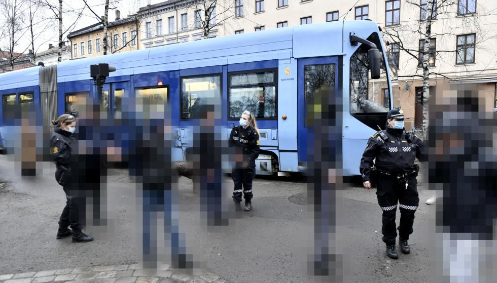 TATT AV TRIKKEN: 16 ungdommer. Foto: Lars Eivind Bones / Dagbladet