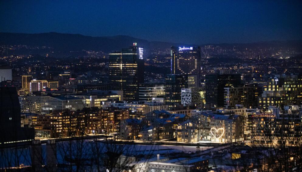 HØYE SMITTETALL: Ikke siden 19. november har smittetallene vært høyere i Oslo enn siste døgn, og hovedstaden har mer eller mindre vært stengt like lenge. Foto: Berit Roald / NTB