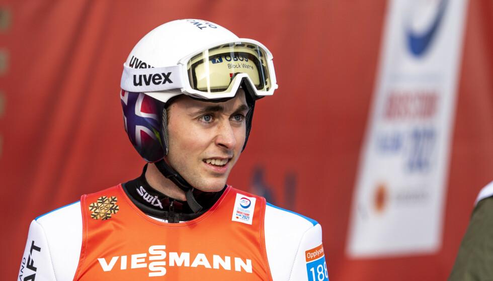 JEVN: Jarl Magnus Riiber hoppet greit i hoppdelen av kombinertøvelsen i Oberstdorf. Foto: Terje Pedersen / NTB
