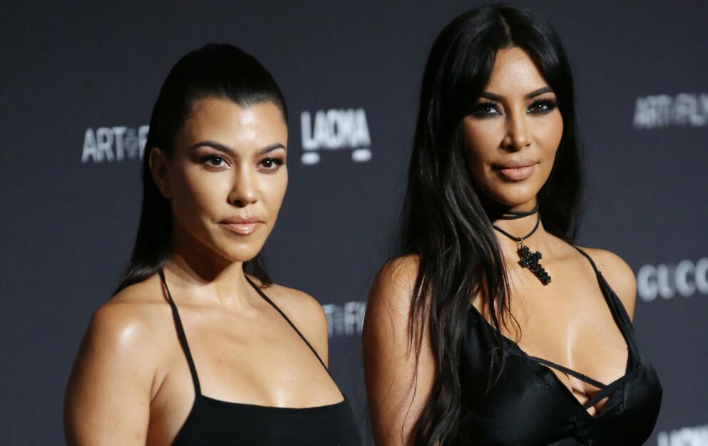 SNAKKER UT: Ekskona til Kourtney Kardashians nye kjæreste Travis Barker bryter tausheten om hva hun tenker om det nye forholdet til eksmannen. Samtidig forklarer hun det flere medier har tolket som stikk mot realitystjerna. Foto: Matt Baron /REX / NTB