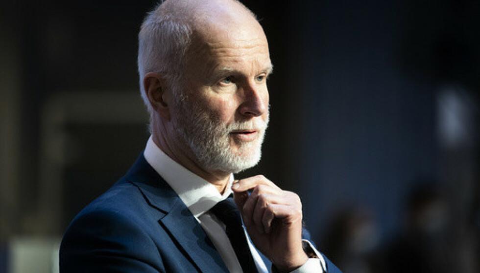 BEKYMRET: Helsedirektør Bjørn Guldvog er bekymret for smitteutviklingen i Oslo. Foto: Berit Roald / NTB