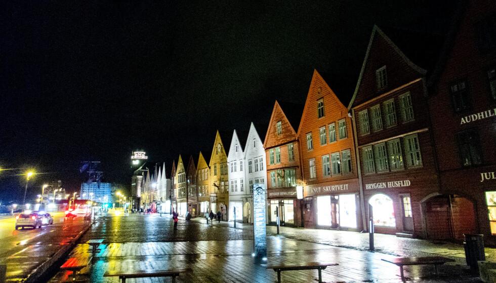FESTBRÅK: Natt til søndag rykket politiet i Bergen ut til en rekke meldinger om festbråk. Foto: Gorm Kallestad / NTB