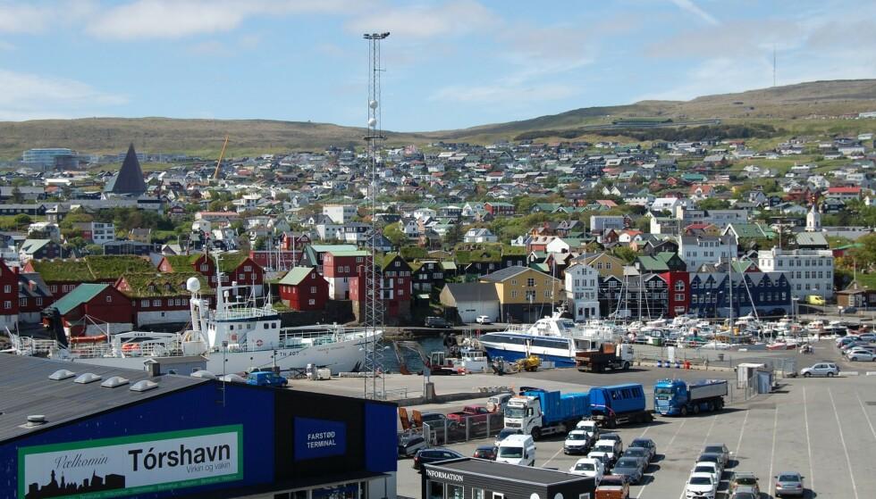 RASER: Innbyggerne i Tórshavn er rasende etter at fem dansker la festen til byen. Foto: Pierre-Henry Deshayes / AFP / NTB
