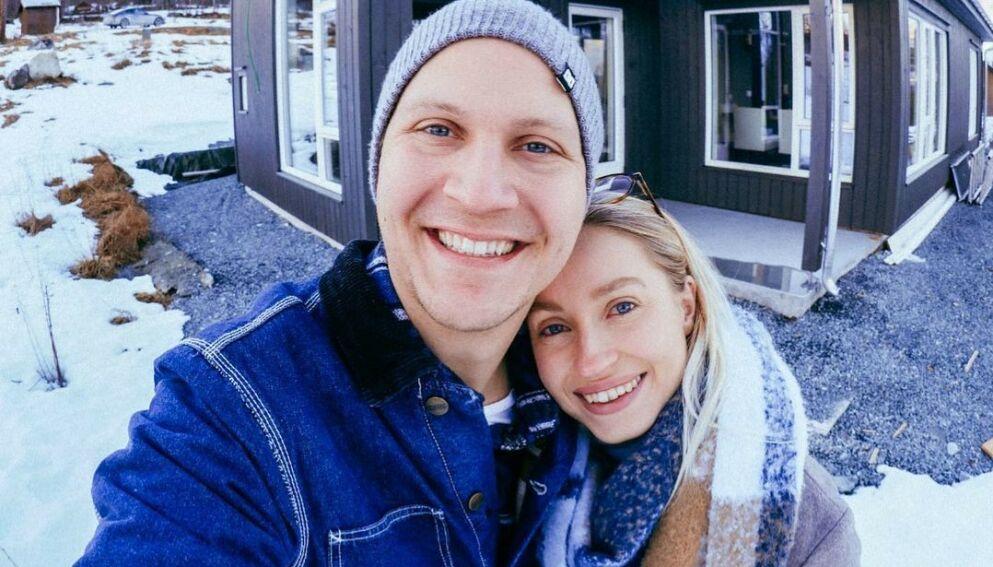 IMPULSIV DUO: «The Voice»-dommer Tom «Matoma» Stræte Lagergren har kjøpt hytte med kjæresten Maren Gjertsen. Foto: Privat