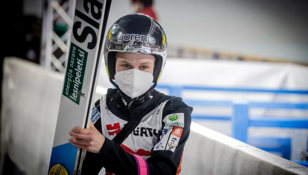 FAVORITT: Ema Klinec er blant favorittene til å vinne VM-gull i den store bakken onsdag. Foto: Bjørn Langsem