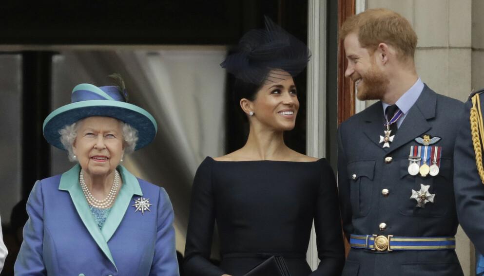 BEKYMRET: Buckingham Palace tar mobbeanklagene mot hertuginne Meghan på alvor, og skal nå undersøke saken. Foto: Matt Dunham/AP Photo/NTB