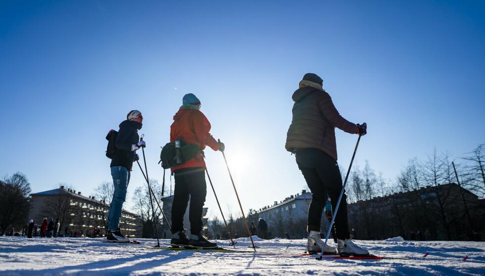 PÅFYLL: Oslo får kaldere vær og kanskje påfyll av snø. Det gjelder også flere steder i landet de kommende dagene. Foto: Håkon Mosvold Larsen / NTB