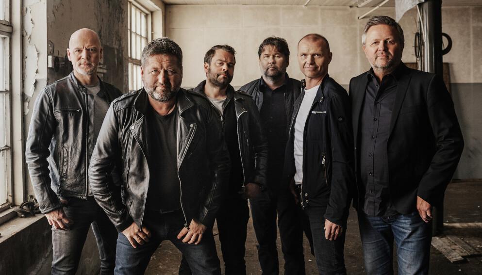 UFORUTSIGBART ÅR: DDE er blant artistene som har hatt store inntektsfall det siste året. Eivind Berre (t.v.) håper på på flere konserter i 2021. Foto: Line Berre