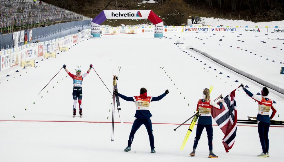 SIKRER GULLET: Helene Marie Fossesholm gikk ankeretappen for stafettlaget. Foto: Bjørn Langsem / Dagbladet