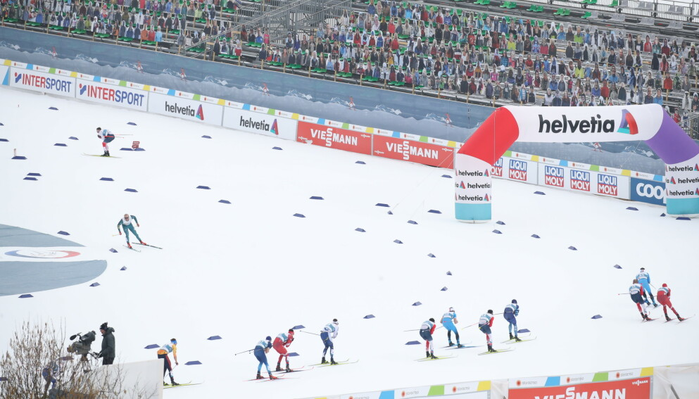 TOMME TRIBUNER: Daglig leder for VM-arrangementet i Oberstdorf, Florian Stern, vil prøve å få mesterskapet tilbake i Oberstdorf. Foto: Bjørn Langsem / Dagbladet