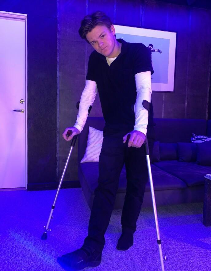 KLIKKA: Ola Klæbo (20) sparket inn i sofakanten og brakk foten da Johannes ble diska. Foto: privat.
