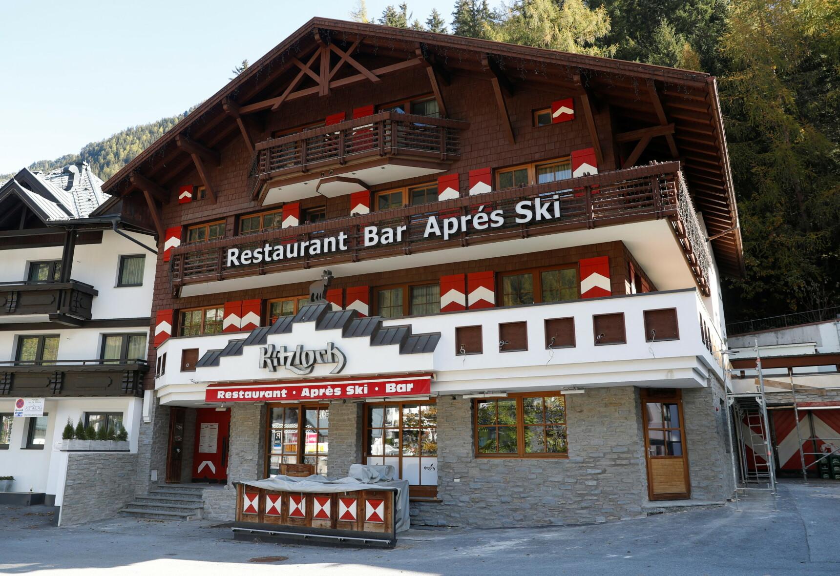 SMITTESTED: Mange ble smittet på Bar Kitzloch i Ischgl. Foto: Reuters/NTB