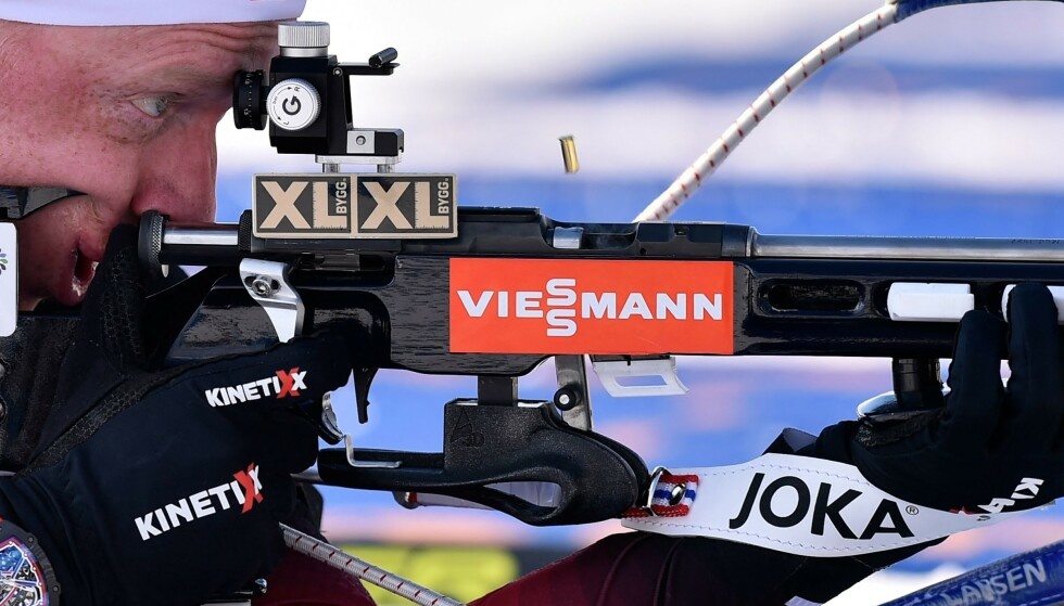 ANDREPLASS: Johannes Thingnes Bø klatret opp til andreplass etter å ha startet som nummer ni på dagens jaktstart. Foto: AFP