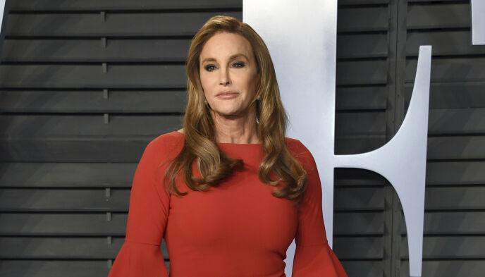 VANSKELIG: Spesielt Khloé Kardashian skal ha syntes det var vanskelig da Caitlyn Jenner, tidligere kjent som Bruce, kom ut som transkjønnet. Foto: Evan Agostini/Invision/AP/NTB