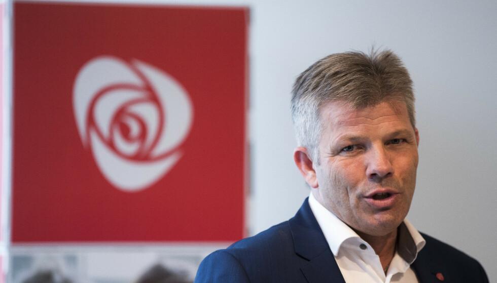 SLAPP STRAFF: AP-nestleder Bjørnar Skjæran blir ikke straffeforfulgt etter nachspielet i Bodø sist helg. Foto: Terje Pedersen / NTB