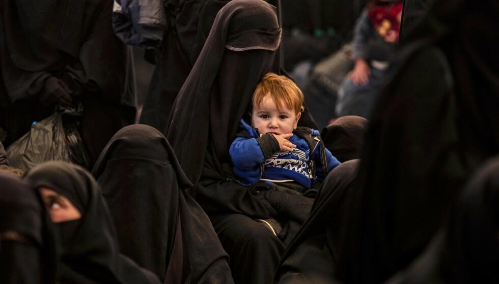 «TERRORBARN»: Vi har blitt kvitt kvasijuridiske uttrykk som «illegitime» og «uekte» barn. Norsk rett bør ikke etablere uttrykket «terrorbarn», skriver kronikkforfatteren. Foto fra AlHol-leiren i desember: Delil Souleiman / AFP / AFP