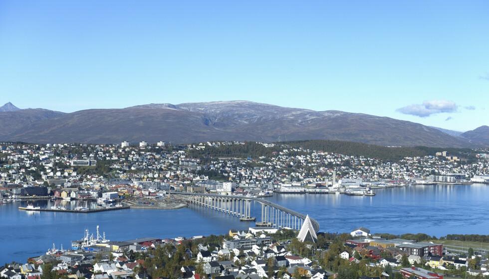 VENTER SMITTE: Fadderuka er i gang i Tromsø og smittesporerne forteller om vanskelig sporing som følge av fester med mange deltakere. Foto: Marianne Løvland / NTB