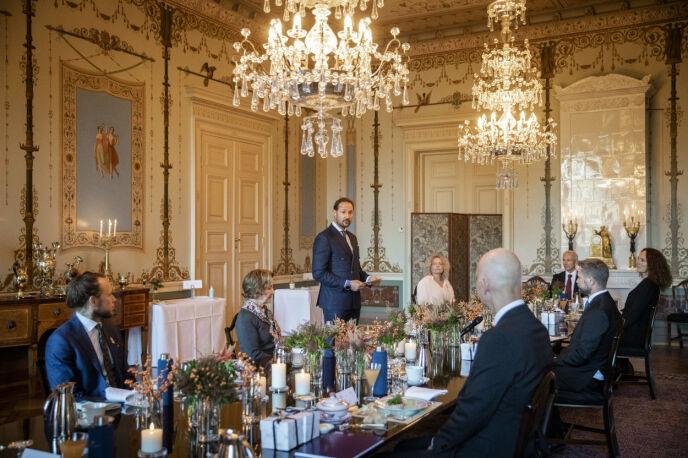 LUNSJ: Her fra da Slottet inviterte coronatoppene på lunsj i oktober 2020. Foto: Jil Yngland / NTB