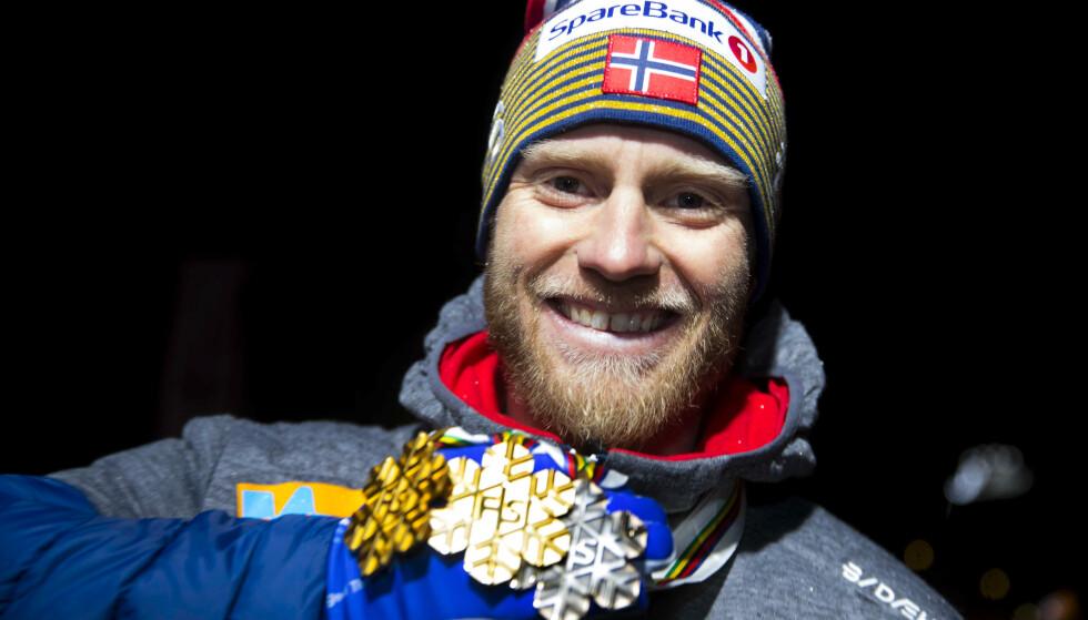 GIR OPP: Martin Johnsrud Sundby blir ikke å se i OL. Foto: Terje Pedersen / NTB