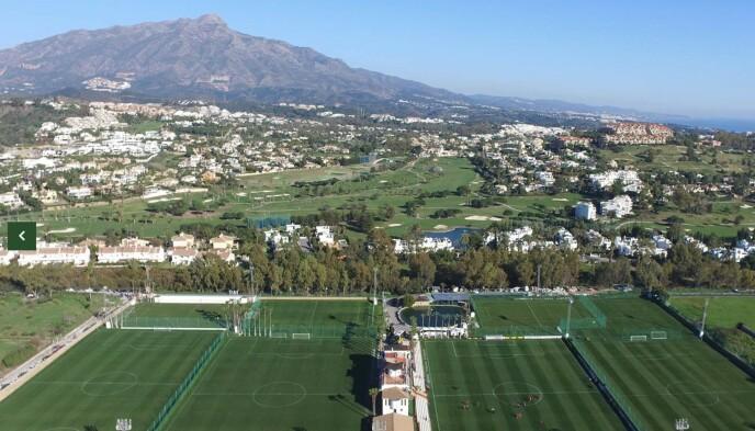 LEKKERT: Marbella Football Center tilbyr strøkne treningsforhold.