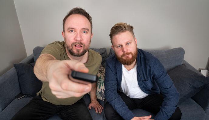 SER TV: Bernt Hulsker og TV 2-profilen Marius Skjelbæk har vært å se i «Sofa» denne vinteren. Foto: Espen Solli / TV 2