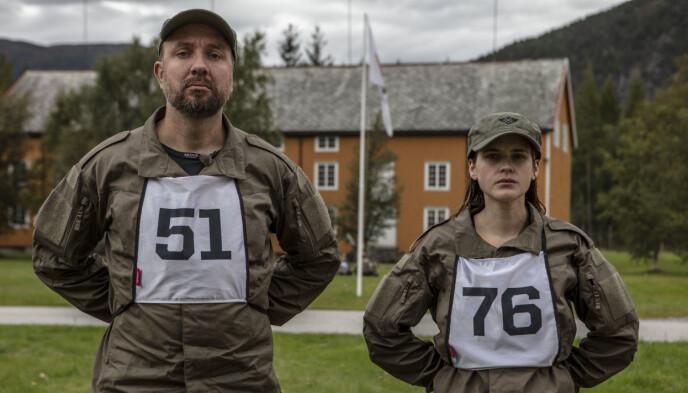 ALVORLIG MINE: Bernt Hulsker og Linnea Myhre måtte slite med både fysiske og psykiske utfordringer under «Kompani Lauritzen». Foto: Matti Bernitz / TV 2
