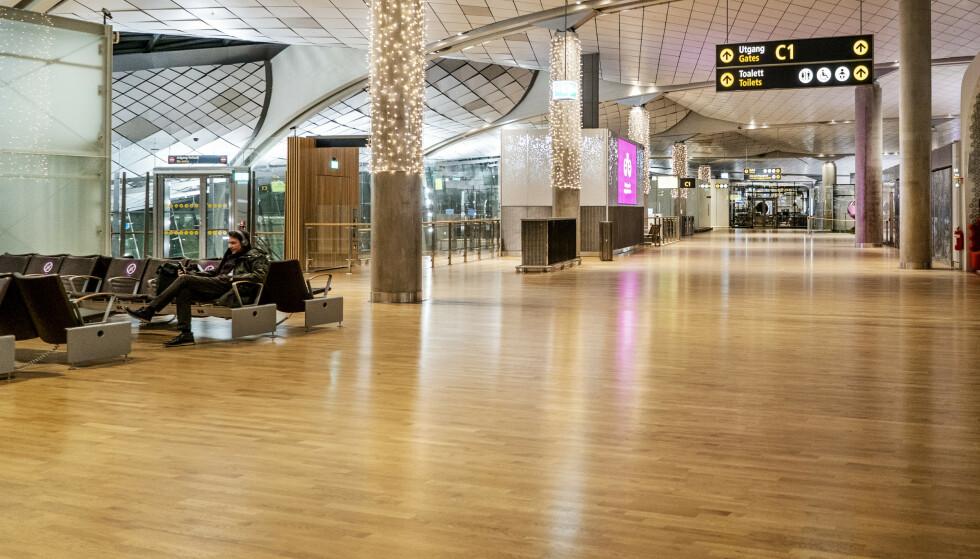 IMPORT: Regjeringen strammer til innreisereglene for fritidsreiser til utlandet i slutten av mars. Foreløpig kan man ta karantenen hjemme selv etter et «unødvendig» besøk i utlandet. Foto: Hans Arne Vedlog / Dagbladet