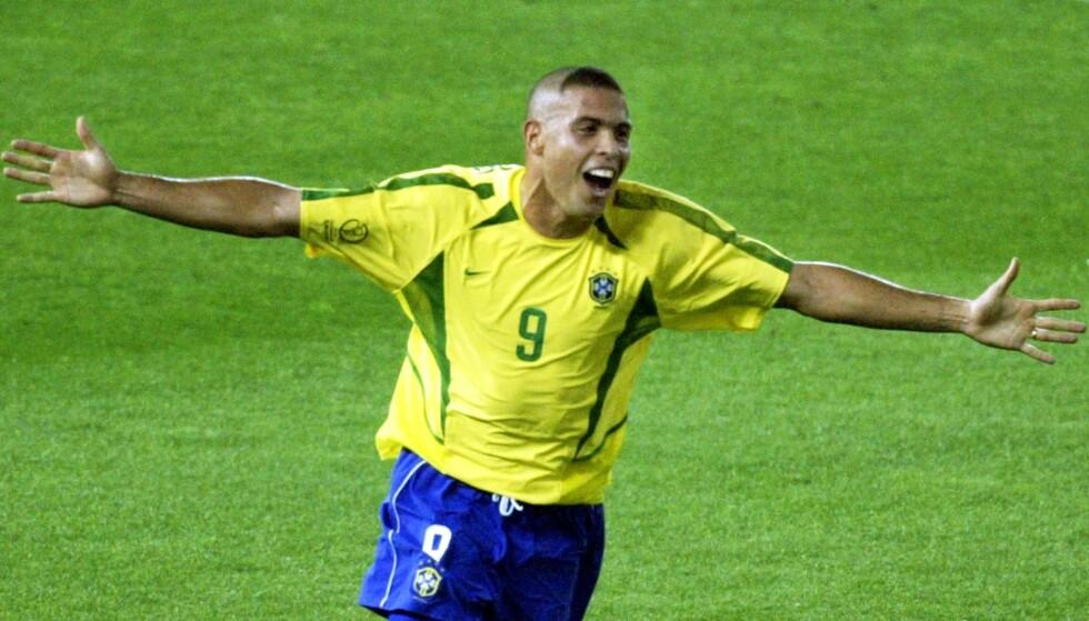 FENOMENET: Ronaldo beklager seg etter det oppsiktsvekkende som skjedde i Fotball-VM 2002. Foto: Reuters