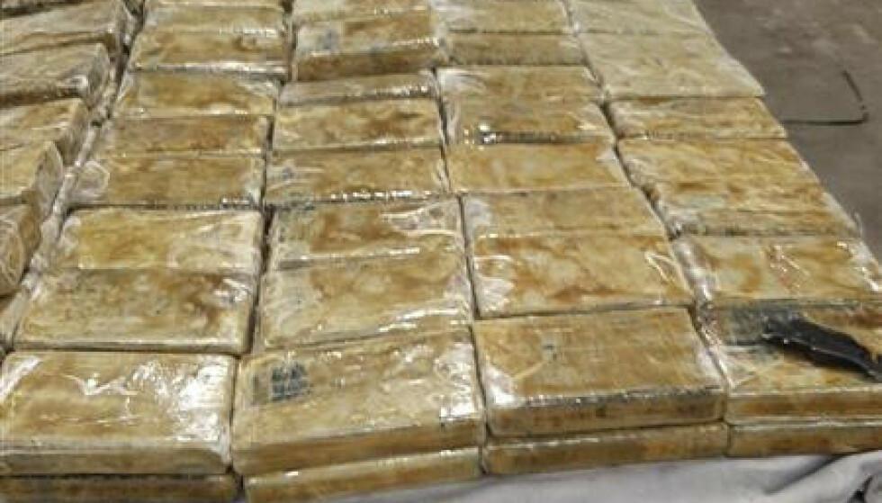 KOKAIN: Antwerpen mottar hvert år en stor andel av kokainen som når Europa. Foto: Politiet i Antwerp/AP/NTB.