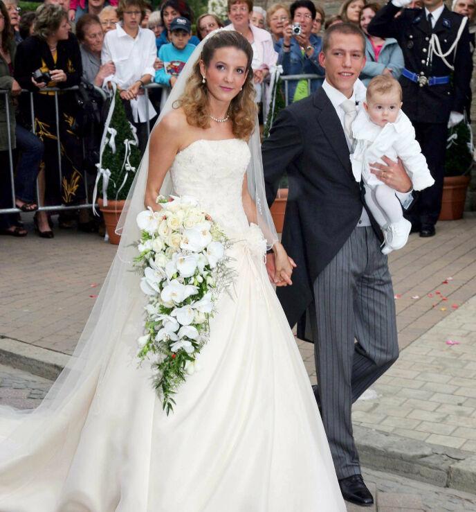 NYTT BRYLLUP: Tessy og Louis da de giftet seg i 2006. Sistnevnte med sønnen Gabriel på armen. Nå har eksparet funnet lykken på hver sin kant. Foto: Frank Rollitz/REX/NTB
