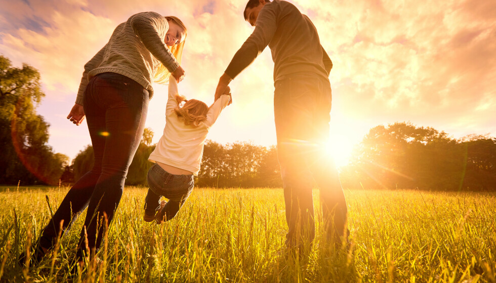 OPPVEKSTLYKKE: Noe av det beste foreldre kan gjøre for barnet sitt, er å ta vare på parforholdet. Illustrasjonsfoto: NTB